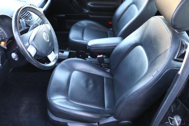 2010 Volkswagen New Beetle Santa Clarita, CA 22