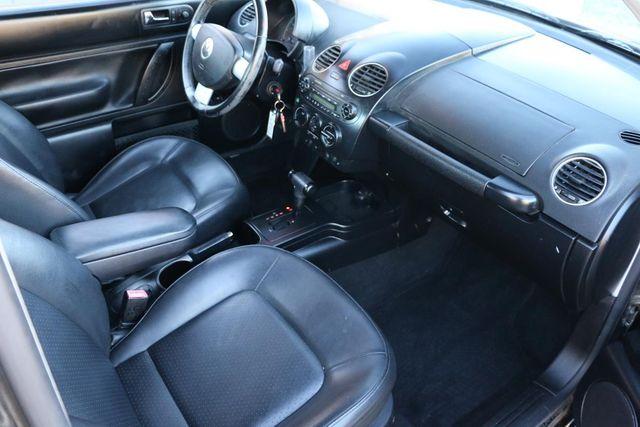 2010 Volkswagen New Beetle Santa Clarita, CA 24