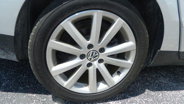 2010 Volkswagen Passat Komfort Hudson , Florida 5