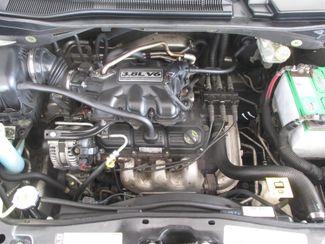 2010 Volkswagen Routan SE w/RSE & Navigation Gardena, California 14
