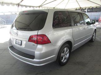 2010 Volkswagen Routan SE w/RSE & Navigation Gardena, California 2