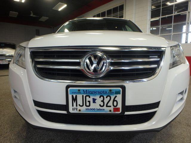 2010 Volkswagen Tiguan, B/U Camera LARGE ROOF, TOW PKG, WOLFSBURG!~ Saint Louis Park, MN 22
