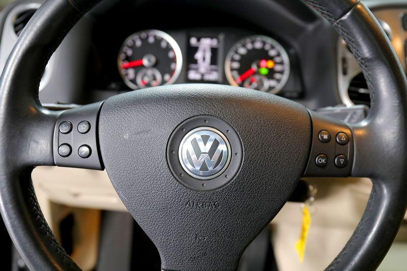 2010 Volkswagen Tiguan SEL - Leather - Navigation - Panoramic sunroof  city California  MDK International  in Los Angeles, California