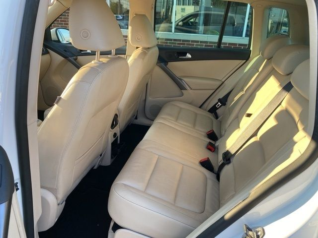 2010 Volkswagen Tiguan SEL in Medina, OHIO 44256