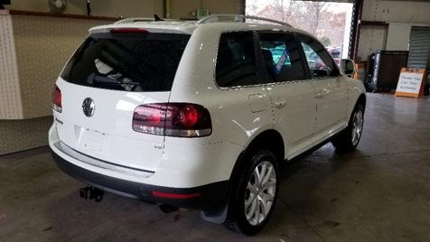 2010 Volkswagen Touareg VR6   JOPPA, MD   Auto Auction of Baltimore  in JOPPA, MD