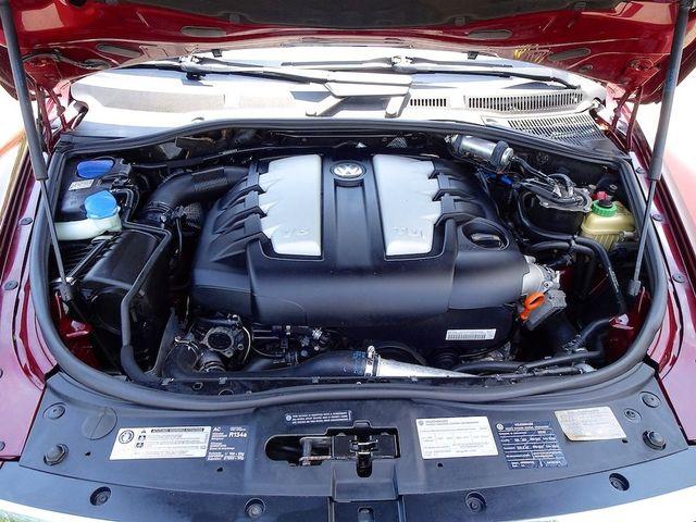 2010 Volkswagen Touareg V6 Madison, NC 43