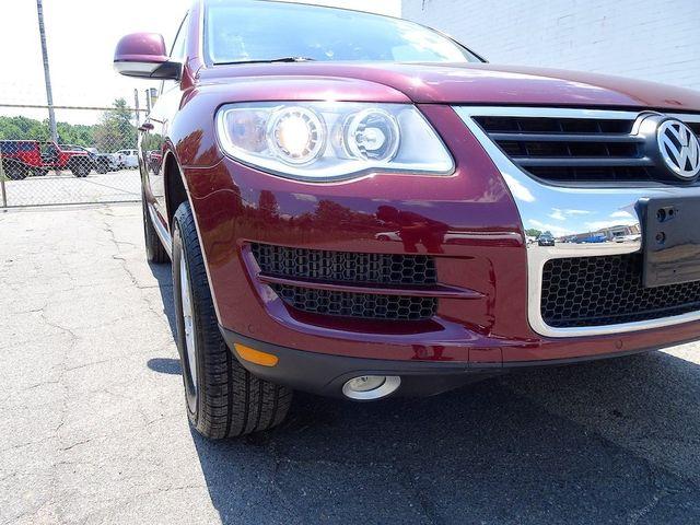 2010 Volkswagen Touareg V6 Madison, NC 8