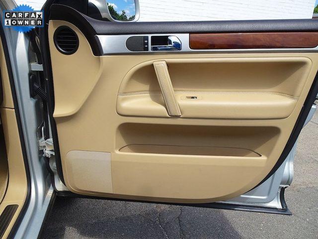 2010 Volkswagen Touareg V6 Madison, NC 38