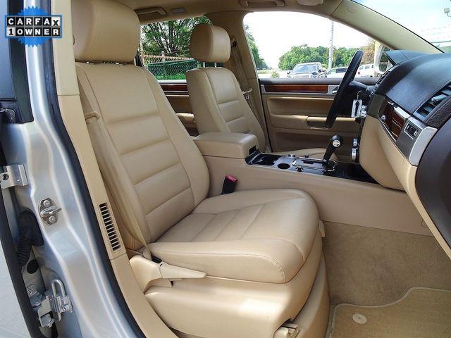2010 Volkswagen Touareg V6 Madison, NC 40