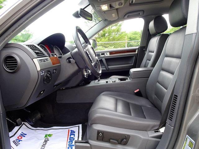 2010 Volkswagen Touareg V6 Madison, NC 22