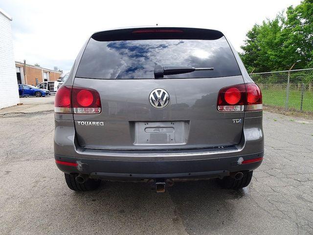 2010 Volkswagen Touareg V6 Madison, NC 3