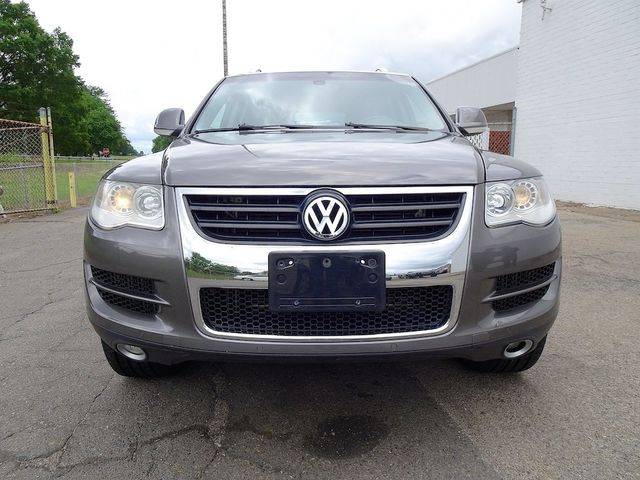 2010 Volkswagen Touareg V6 Madison, NC 6