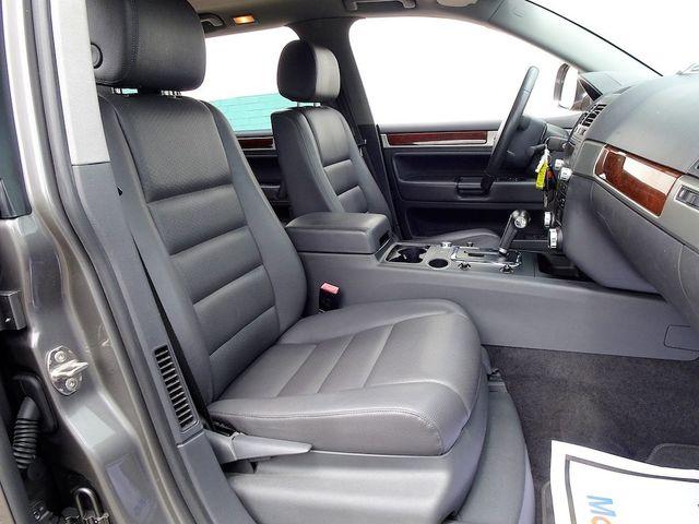 2010 Volkswagen Touareg V6 Madison, NC 36