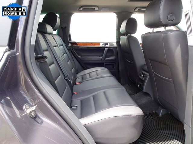2010 Volkswagen Touareg V6 Madison, NC 33