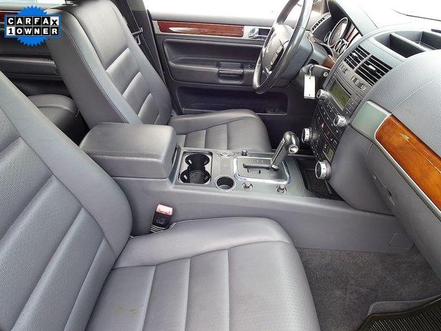 2010 Volkswagen Touareg V6 Madison, NC 42