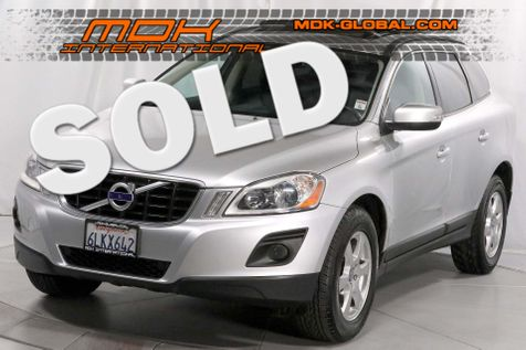 2010 Volvo XC60 3.2L - Navigation - Pano roof - Back up camera in Los Angeles