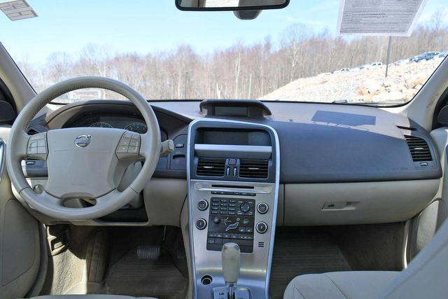 2010 Volvo XC60 3.2L Naugatuck, Connecticut 15