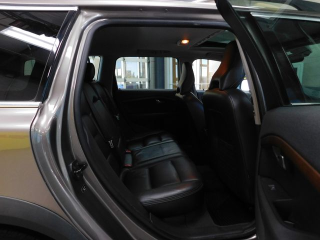 2010 Volvo XC70 3.2L in Airport Motor Mile ( Metro Knoxville ), TN 37777