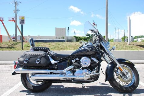 2010 Yamaha V-Star XVS650 Classic  in Dania Beach, Florida