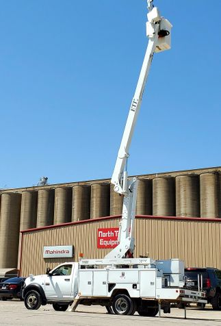 2011 Ram 5500 42FT INSULATED BOOM MATERIAL HANDLER  in Fort Worth, TX