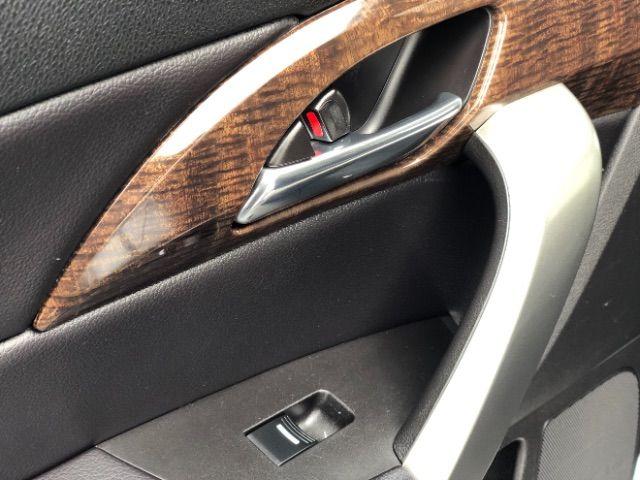 2011 Acura MDX 6-Spd AT LINDON, UT 31