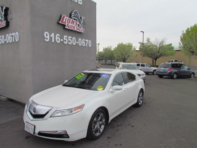 2011 Acura TL Tech Extra Clean / Like New in Sacramento, CA 95825