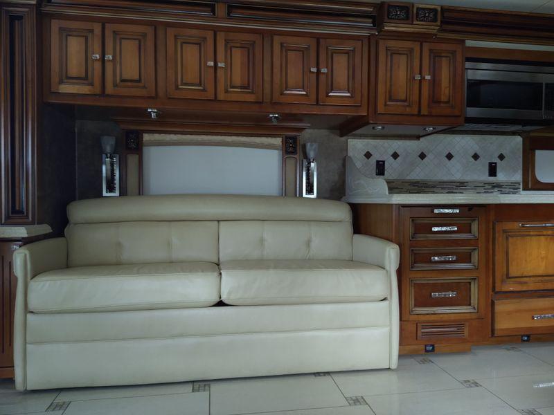 2011 Tiffin Allegro bus   city FL  Manatee RV  in Palmetto, FL