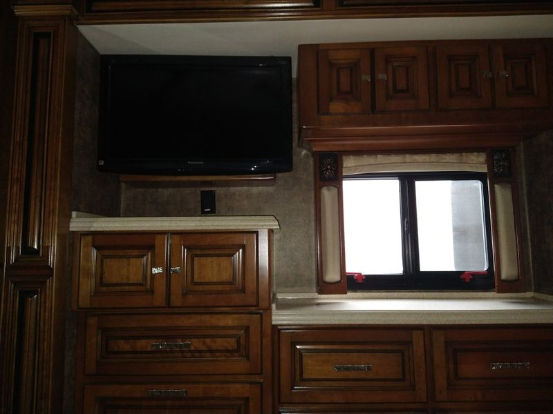 2011 Tiffin Allegro bus   city FL  Manatee RV  in Palmetto, FL