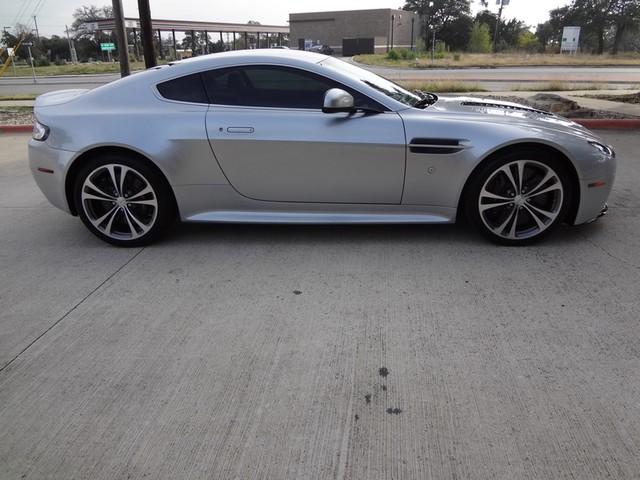 2011 Aston Martin V12 Vantage Austin , Texas 6