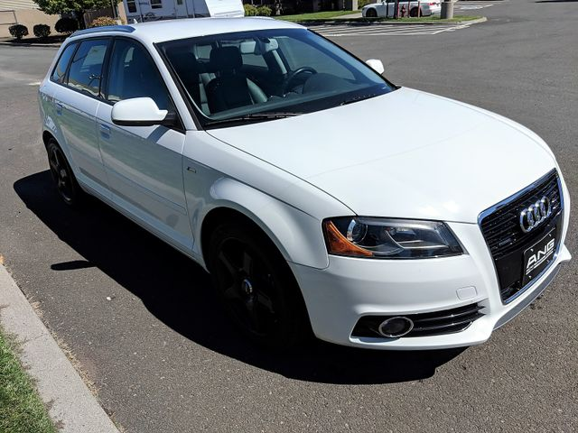 2011 Audi A3 2.0T Premium Plus Quatrro AWD Super Low Miles Bend, Oregon 2