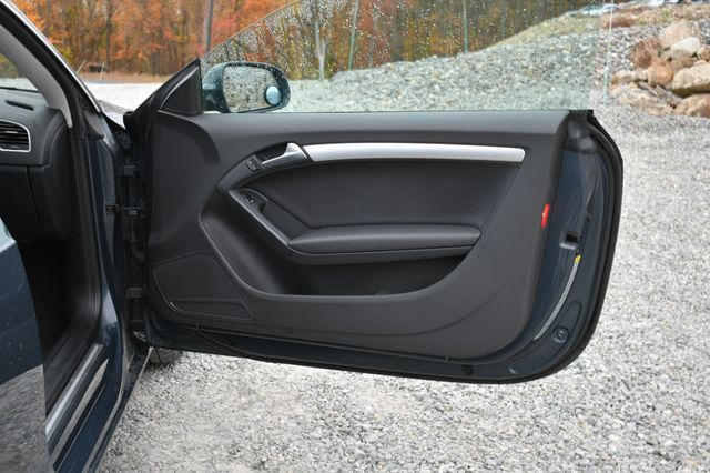 2011 Audi A5 2.0T Premium Naugatuck, Connecticut 10