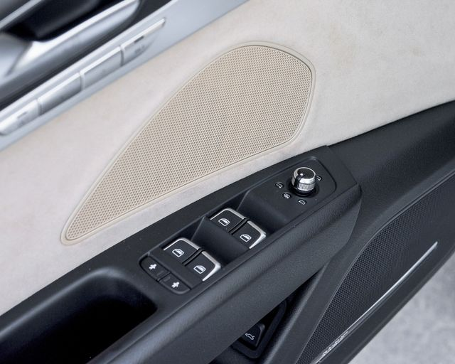 2011 Audi A8 Burbank, CA 15