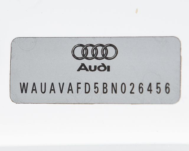 2011 Audi A8 Burbank, CA 35