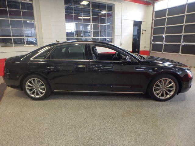 2011 Audi A8-L. Absolute MASTERPIECE,RIDICULOUSLY LOADED!~ Saint Louis Park, MN 1