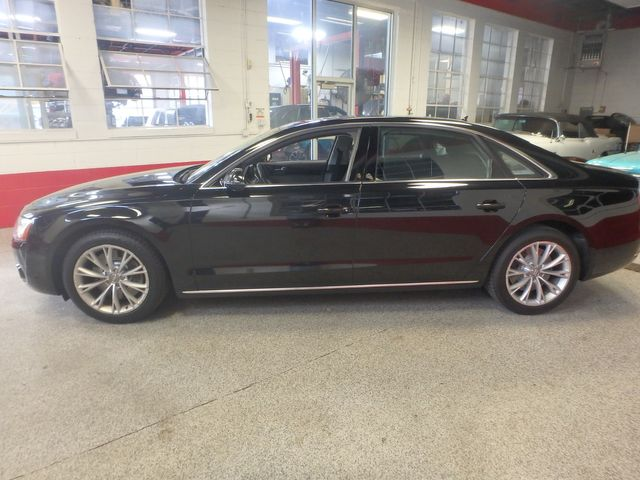 2011 Audi A8-L. Absolute MASTERPIECE,RIDICULOUSLY LOADED!~ Saint Louis Park, MN 3