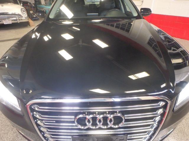 2011 Audi A8-L. Absolute MASTERPIECE,RIDICULOUSLY LOADED!~ Saint Louis Park, MN 42