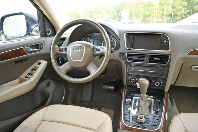 2011 Audi Q5 2.0T Premium Plus Naugatuck, Connecticut 16