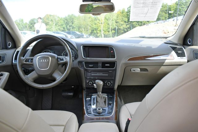 2011 Audi Q5 2.0T Premium Plus Naugatuck, Connecticut 17