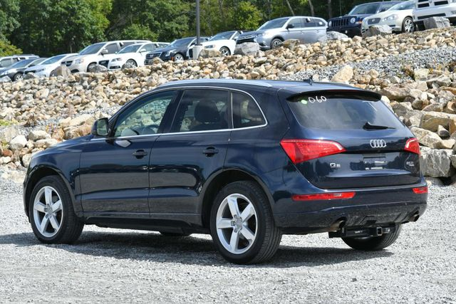 2011 Audi Q5 2.0T Premium Plus Naugatuck, Connecticut 2