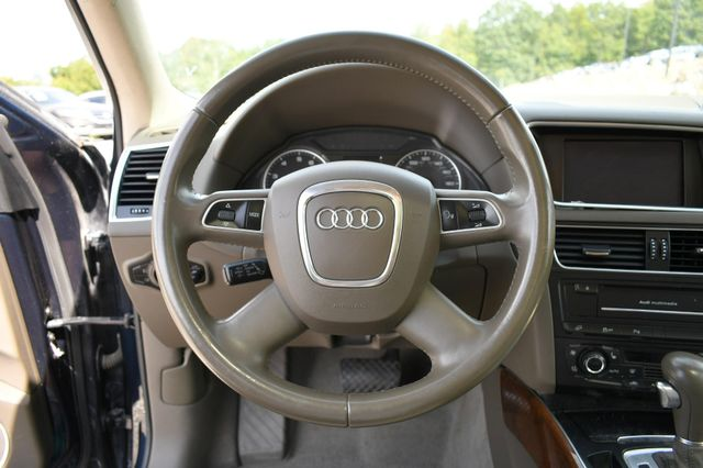 2011 Audi Q5 2.0T Premium Plus Naugatuck, Connecticut 21