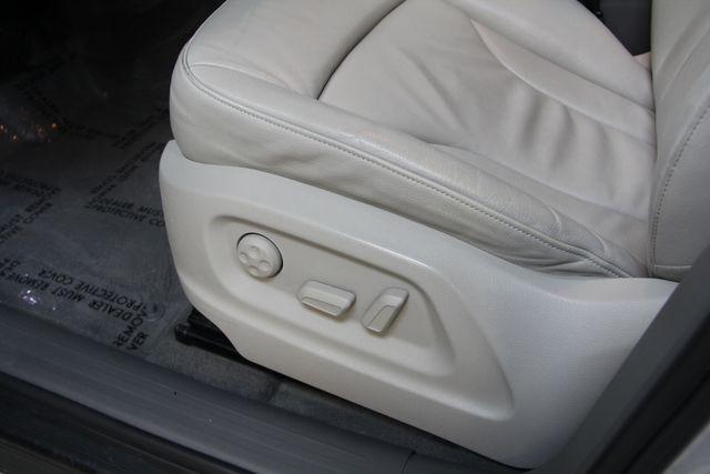 2011 Audi Q5 2.0T Premium Quattro Richmond, Virginia 14