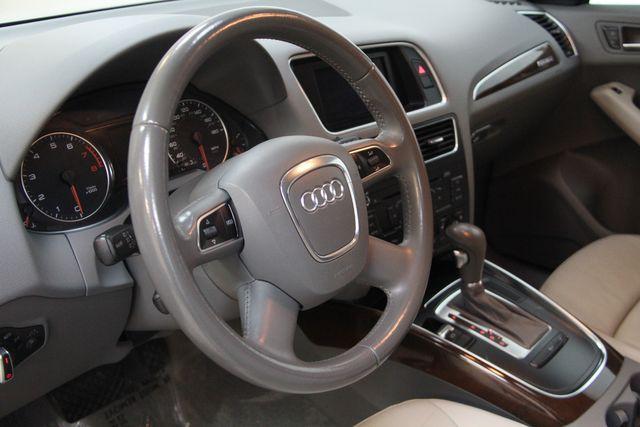 2011 Audi Q5 2.0T Premium Quattro Richmond, Virginia 4