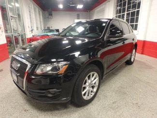 2011 Audi Q5 Premium PLUS. B/U CAMERA, FULL ROOF, LIKE NEW. Saint Louis Park, MN 2