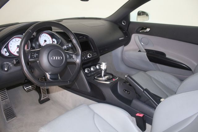 2011 Audi R8 V10 5.2L Houston, Texas 18