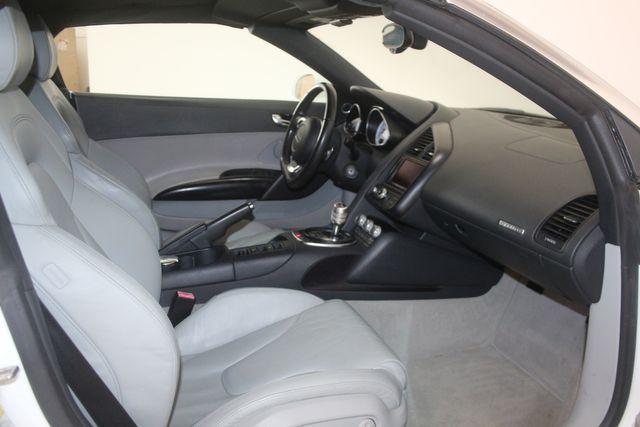 2011 Audi R8 V10 5.2L Houston, Texas 21