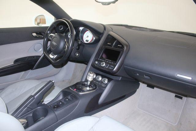 2011 Audi R8 V10 5.2L Houston, Texas 22