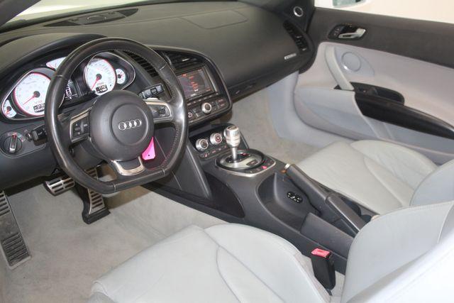 2011 Audi R8 V10 5.2L Houston, Texas 28