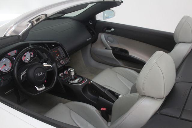 2011 Audi R8 V10 5.2L Houston, Texas 38