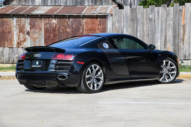 2011 Audi R8 52L Coupe  city TX  Dallas Motorsports  in Wylie, TX