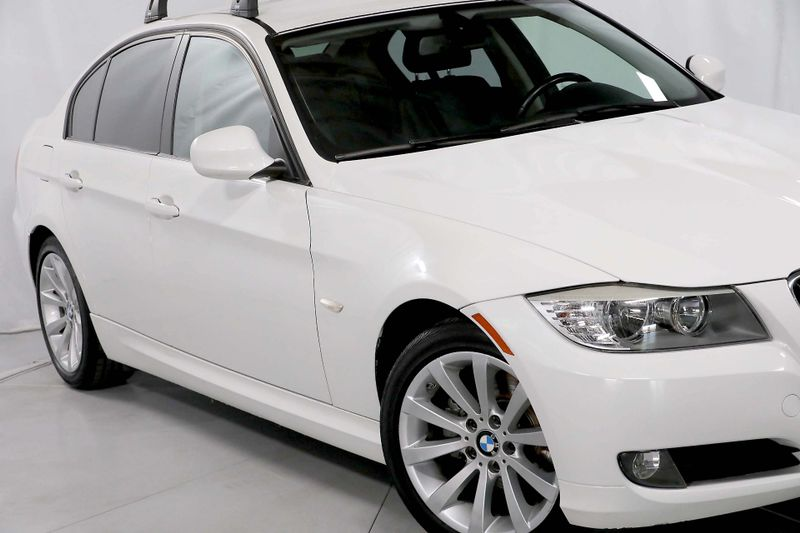 2011 BMW 328i - Only 32K miles - Roof rack  city California  MDK International  in Los Angeles, California